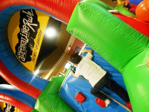 boston_party_entertainment_inflatables_adrenaline_rush_obstacle_3