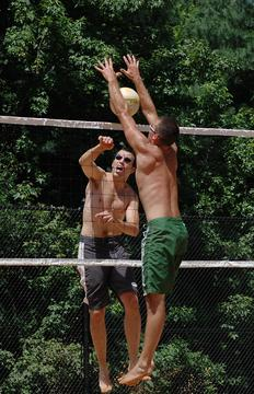boston_party_entertainment_carnival_picnic_games_9_vintage_volleyball1
