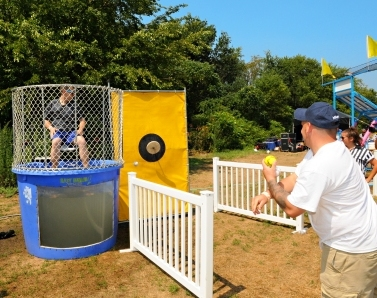 boston_party_entertainment_carnival_picnic_games_dunk_tank2