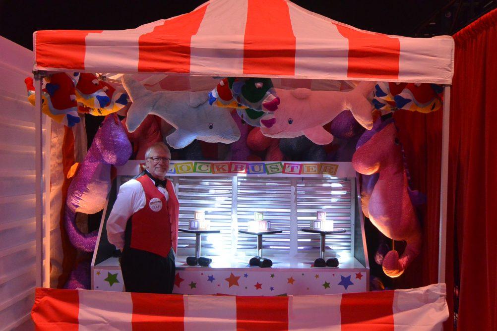 boston_party_entertainment_carnival_picnic_games_knock_a_block1jpg