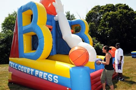 boston_party_entertainment_inflatables_Full Court Press_3