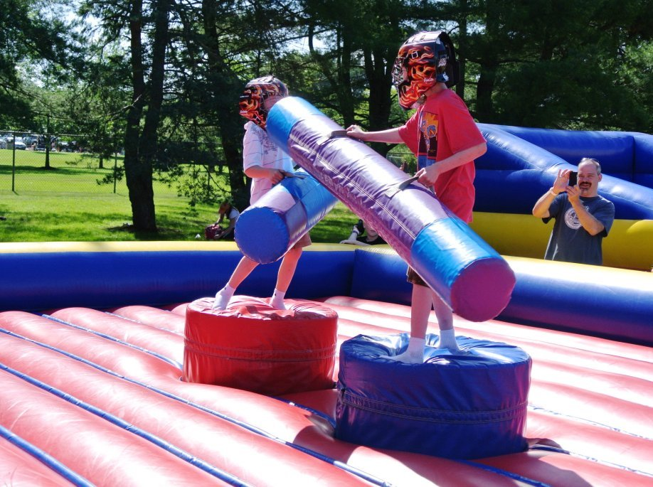 boston_party_entertainment_inflatables_GLADIATOR JOUST_1