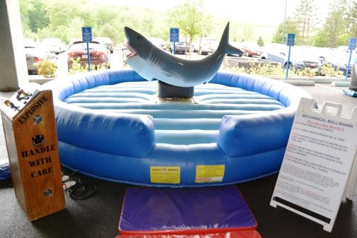 boston_party_entertainment_inflatables_Mechanical Shark_3