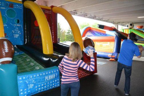 boston_party_entertainment_inflatables_Qb Blitz_2