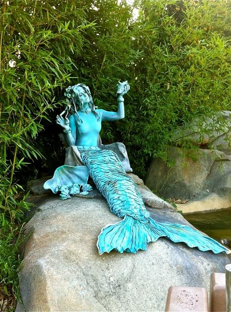 Statue # 18