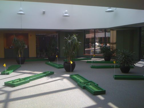 boston_party_entertainment_carnival_picnic_games_9_hole_mini_golf2