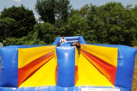 boston_party_entertainment_inflatables_BUNGEE-RUN_3