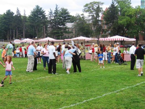 boston_party_entertainment_inflatables_Canirval_booths_3
