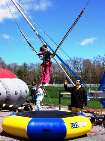 boston_party_entertainment_inflatables_EUROBUNGY_1