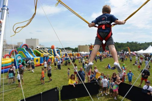 boston_party_entertainment_inflatables_EUROBUNGY_2