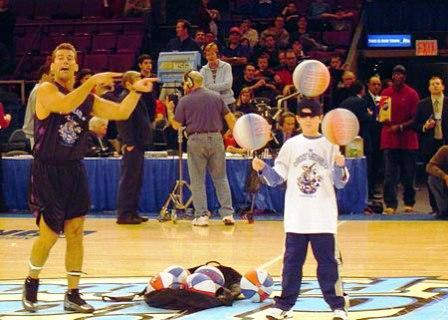 boston_party_entertainment_variety_performers_basketball_show_3