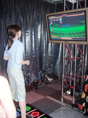 Virtual Reality & High Tech - boston_party_entertainment_virtual_reality_tech_dance_revolution1
