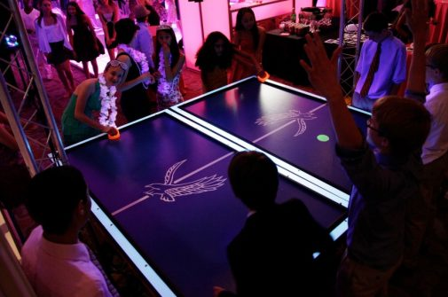 Virtual Reality & High Tech - boston_party_entertainment_virtual_reality_tech_glow_air_hockey3