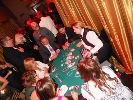 boston_party_entertainment_casino_black_jack_with_dealer2