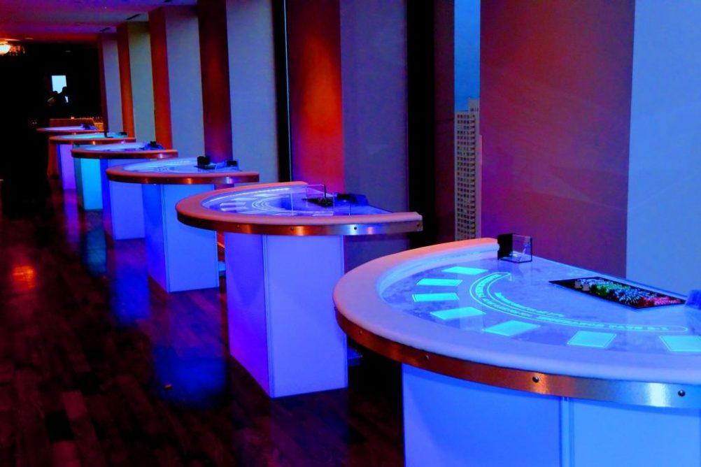 boston_party_entertainment_casino_glow_black_jack1