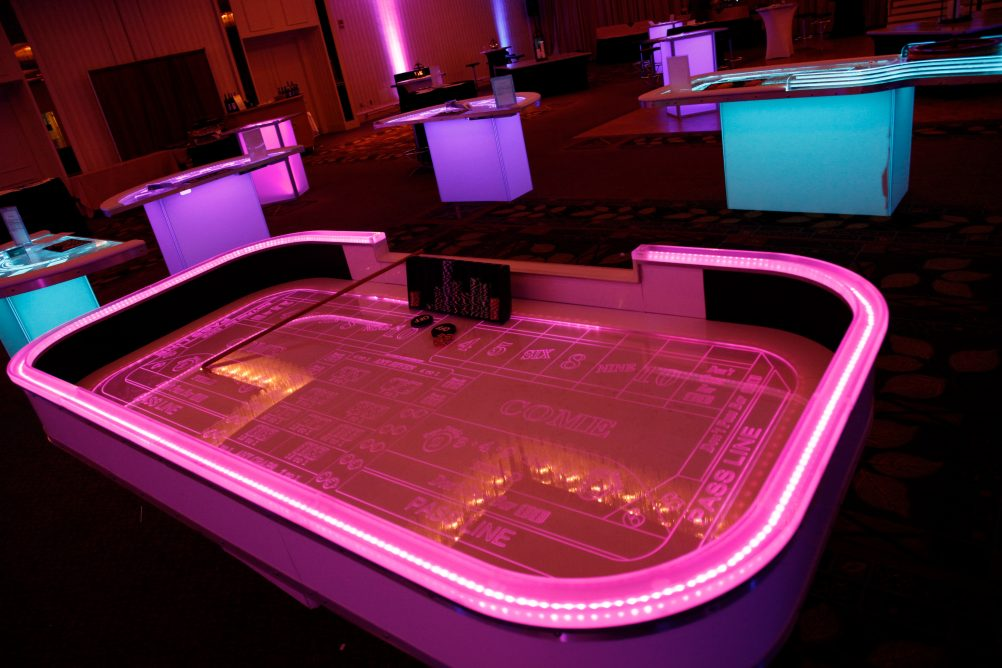 boston_party_entertainment_casino_glow_caps1