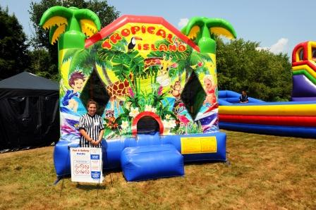 boston_party_entertainment_inflatables_Moonwalk - B_3