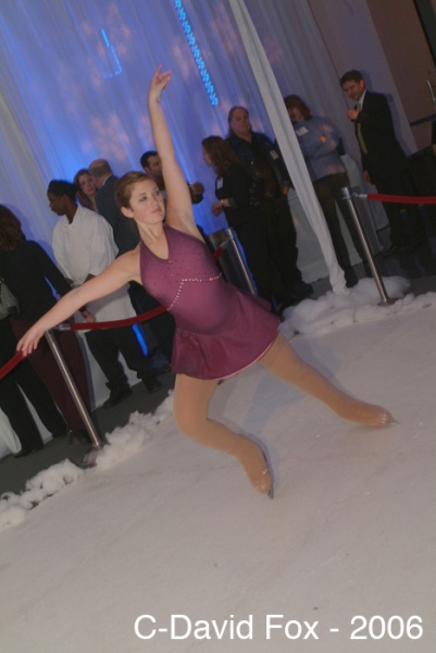 boston_party_entertainment_variety_performers_Ice Skater_1
